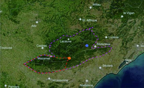 Situation géographique de la Montagne noire avec position des villages de Saint Pons de Thommières - en orange - et de Rosis - en bleu - (hébergements)